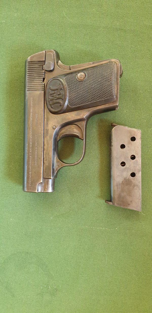 "Armi usate Browning FN Herstal ""Le Bebe"""